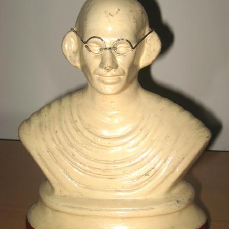 אוסף הבובות - גנדי